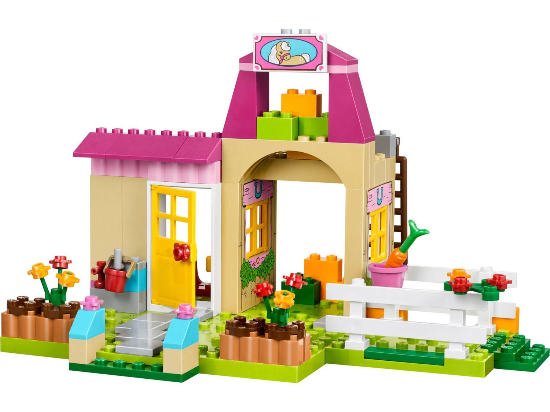 Lego 10674 lego juniors pony farm toymania lego for Lago shop online