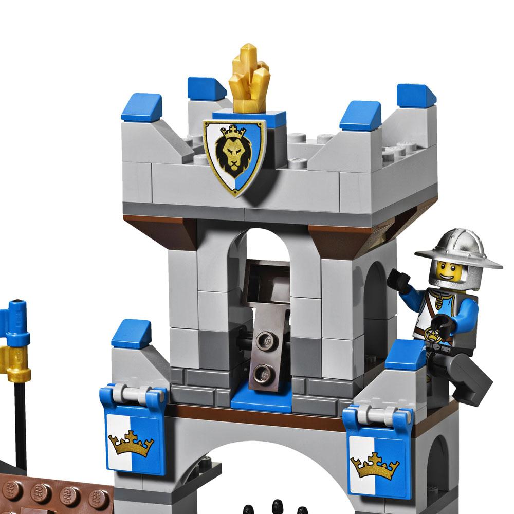 Lego 70402 lego castle the gatehouse raid toymania for Lago shop online