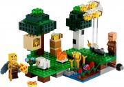 LEGO 21165 - LEGO MINECRAFT - The Bee Farm