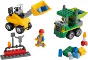LEGO 5930 - LEGO BRICKS & MORE - Road Construction Building Set